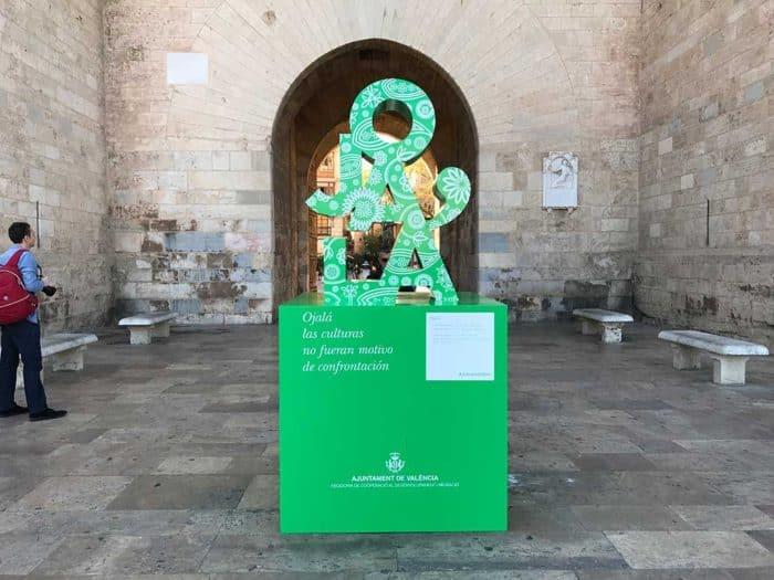 Gigantia, 3D signage Valencia